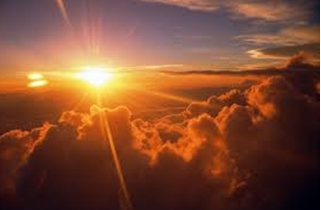 En esto se manifestó el amor que Dios nos tiene: en que Dios envió al mundo a su Hijo único