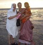 Su hija adoptiva y una monja la llevaron a Dios