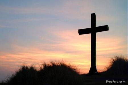La cruz produce en nosotros tristeza pero a la vez esperanza y confianza de ser salvos con Cristo