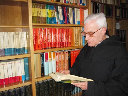 Rvdo. P. José Anoz, agustino recoleto. Biblista, agustinólogo.