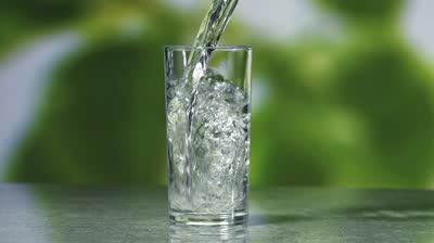 Aunque no sea más que un vaso de agua fresca