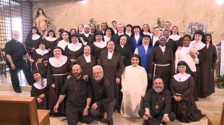 Personas consagradas  de distintas congregaciones