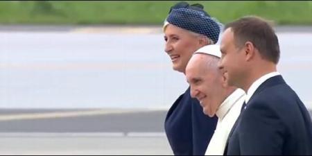 El Papa Francisco junto al presidente de Polonia y su esposa