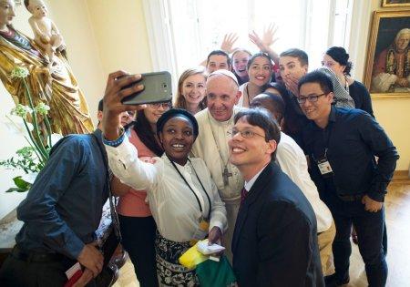 Selfi del Papa con
