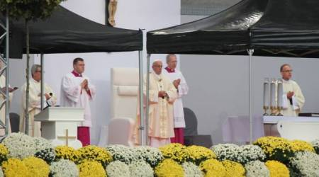 Papa Francisco en Misa en M